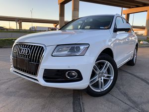 2013 Audi Q5 QUATTRO ONE OWNER IMMACULATE CONDITION for Sale in Dallas, TX