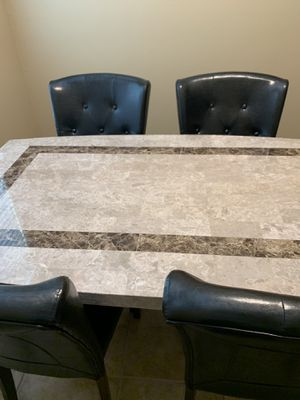 Table and 4 chairs for Sale in Las Vegas, NV