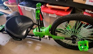 Huffy Green Machine Bike Tricycle for Sale in Phoenix, AZ