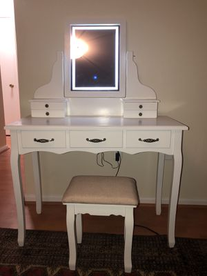 Vanity table for Sale in Springfield, VA