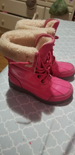 Ugg , Girls size 1 for Sale in New York, NY