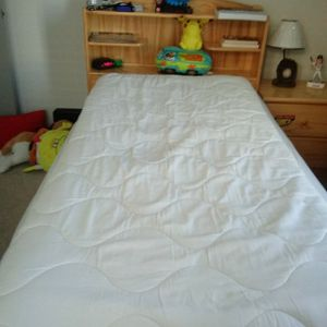 Twin Bed for Sale in Knightdale, NC