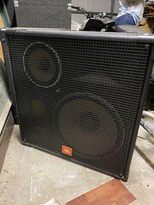Dj equipment includes mixer for Sale in Wilmington, CA