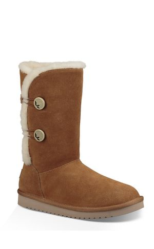 Brand new still in box Ugg boots various size 8 for Sale in Fox Point, WI