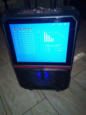 Nice big screen Bluetooth speaker , sounds awesome for Sale in Burbank, CA