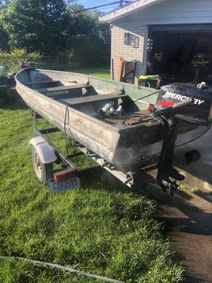 14ft boat and 5hp mercury outboard for Sale in Clinton Township, MI