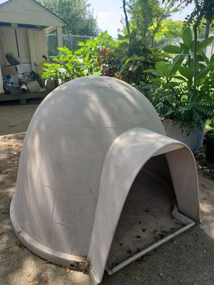 Igloo Dog House for Sale in Lucas, TX