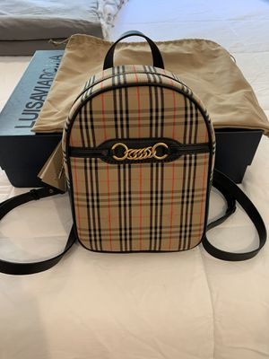 Burberry gold link check backpack - NWT for Sale in Los Angeles, CA
