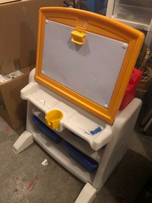 Kids desk for Sale in Battle Ground, WA