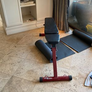 Workout Bench (adjustable) for Sale in Beverly Hills, CA