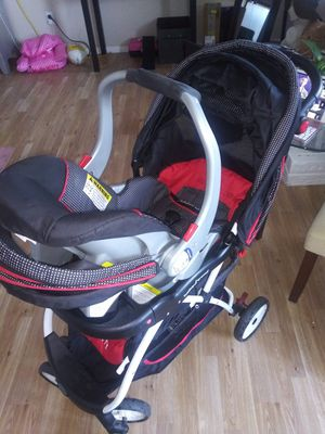 Baby Trend Hello Kitty Carseat and Stroller with base not pictured for Sale in Carrollton, TX