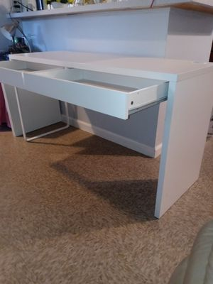 Desk for Sale in Anaheim, CA