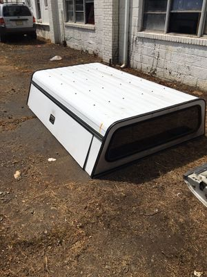 White Truck Camper for Sale in Raritan, NJ