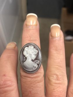 New Cameo Ring for Sale in Miami,  FL