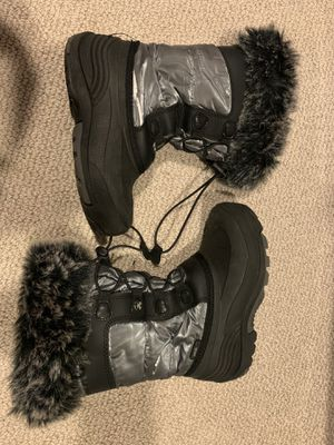 Amik size 2 Winter waterproof child boots boy girl warm Fur lined for Sale in Mahwah, NJ