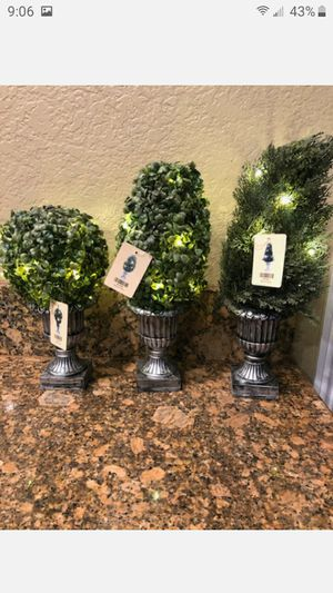 "BRAND NEW 18""DECORATIVE GREEN ARTIFICAL TOPIARY TREE PLANT IN PLASTIC POT 1O LED LIGHTS FIRM $12 EACH for Sale in Fontana, CA"