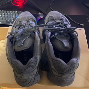 "yeezy 500 ""Utility black"" for Sale in Fairfax, VA"