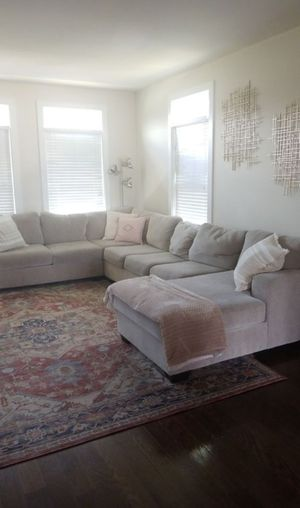 Large sectional sofa for Sale in Richardson, TX