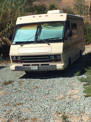 1988 Winnebago chieftain 22' class A Motorhome for Sale in Lemon Grove, CA
