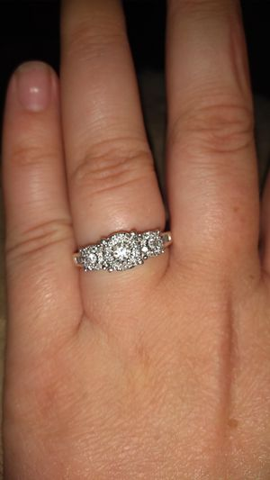 1 CT diamond ring size 8 Sterling Silver for Sale in Peterstown, WV