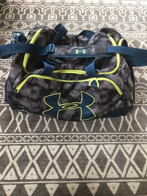 Under Armor duffle bag for Sale in Anaheim, CA