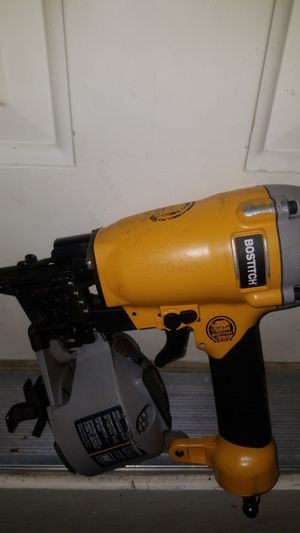 Roofing nailgun like new for Sale in St. Louis, MO