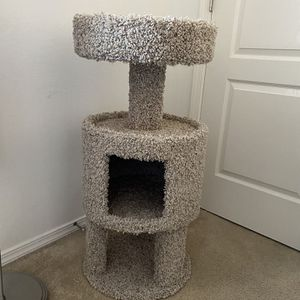 Cat tree for Sale in Fresno, CA