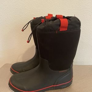 Rain 🌧 Rain / Snow Black And Red Toddler Boys Boots Size 4 Unisex for Sale in Ladera Ranch, CA