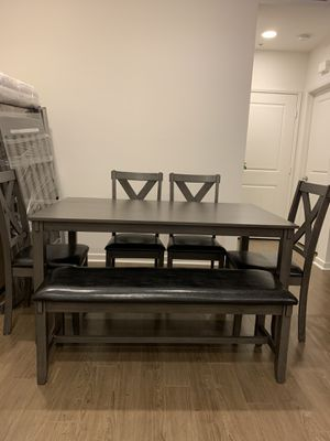 Dining table 4 chairs and bench for Sale in Los Angeles, CA