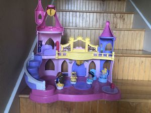 Fisher price little people Disney princess castle for Sale in Lakewood, WA