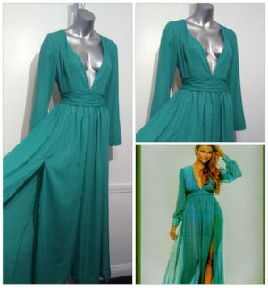 Boho Flowing Green V- neck Plunge Part Maxi dress for Sale in Whittier, CA