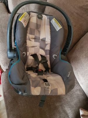 Baby car seat for Sale in Longview, TX
