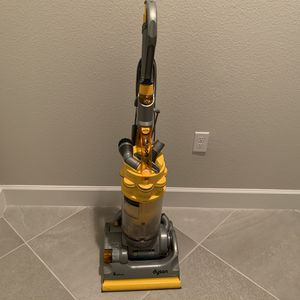 Dyson DC14 All Floors Vacuum for Sale in Orange City, FL