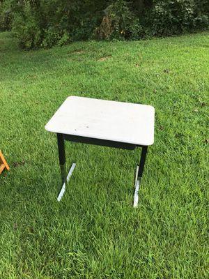 Kids desk for Sale in Lithonia, GA