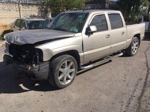 "2006 GMC Sierra Denali 6.0 LQ9 crew cab leather 22"" escalade wheels for Sale in Fort Lauderdale, FL"