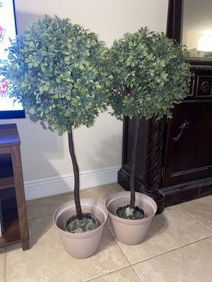 Artificial potted plant - indoor/outdoor for Sale in Coral Springs, FL