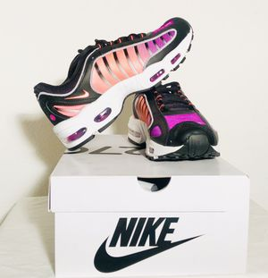 Air Max Tailwind IV Size 8.5 & 10.5 Black/White/BrightCrimson for Sale in Brentwood, CA