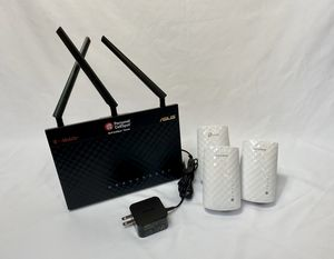 WiFi Router + 3 range extenders for Sale in New Orleans, LA
