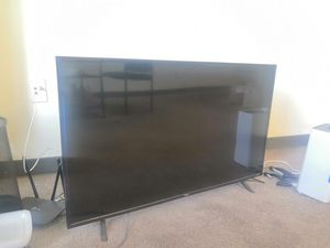 43'' TCL Roku TV for Sale in Madison, WI