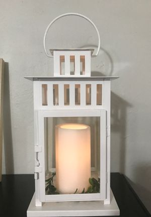 White Lantern with battery Candle for Sale in Miami, FL