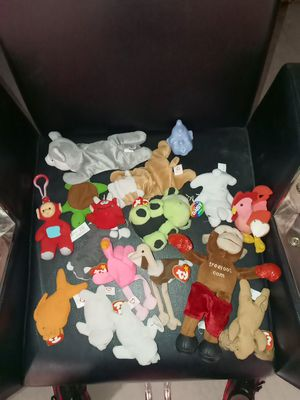Beanie baby's collectors edition with tags for Sale in Whittier, CA