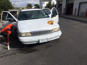 96 Chevy caprice 22s LT1 motor for Sale in Inwood, WV