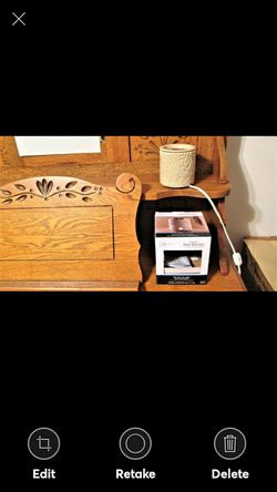 MAINSTAYS ELECTRIC WAX WARMER for Sale in Lynchburg,  VA