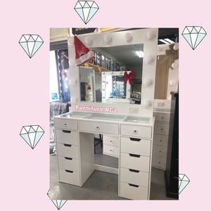 NO CREDIT NEEDED 💙NEW VANITY INCLUDED DESK AND MIRROR 💙READY FOR PICK UP OR DELIVERY AVAILABLE for Sale in Bellflower, CA