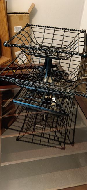 2 tier wire fruit basket for Sale in US