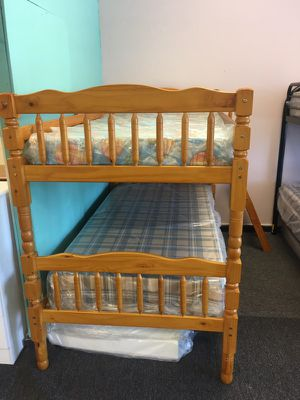 Twin / twin bunk bed for Sale in Nashville, TN