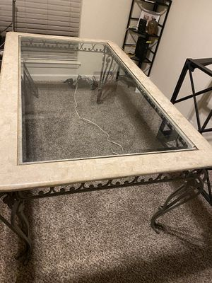 Rooms to go 6-Set Glass Dining Room Table for Sale in Pensacola, FL