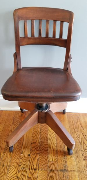 Antique Swivel Chair for Sale in East Norriton, PA