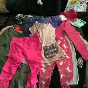 Toddler Girls Clothing Sizes 18-3T for Sale in Cambridge, MA