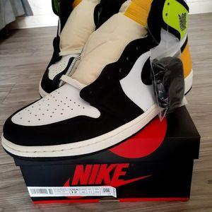 Nike Jordan 1 High OG Volt Size 12 for Sale in Houston, TX